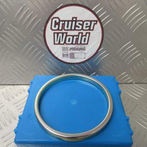 Landcruiser 80 100 Dust deflector 33325-60050